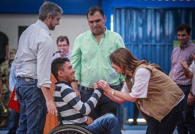 Abdo Benítez destaca aportes en formación de jóvenes