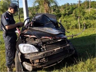 Un padre y sus dos hijos mueren en un accidente rutero en Acahay