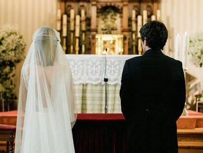Madre y familiares irrumpen en boda tras conflicto por un terreno