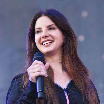 Lana del Rey y The Strokes encabezan el festival Asunciónico 2020