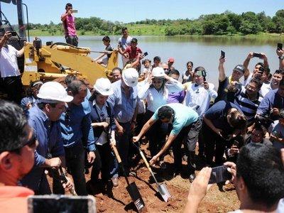 En Ciudad del Este arrancó    obra de   la costanera  sobre el    lago Acaray