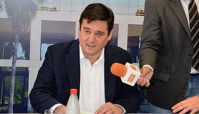 Senador cuestiona nombramiento de Felipo al frente de Conacyt