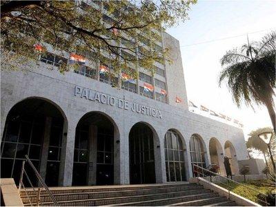 Corte resuelve que juicios continuarán todo enero pese a feria judicial