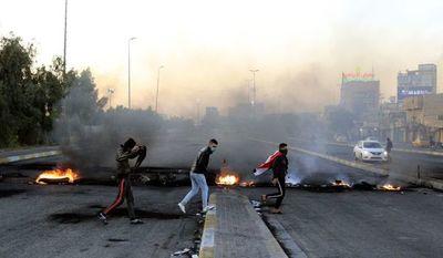 Muerte de un activista aviva las revueltas en Irak