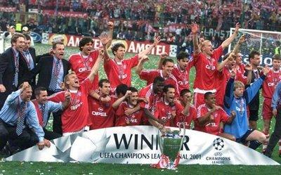 La Champions League recuerda a Roque Santa Cruz en esta Navidad