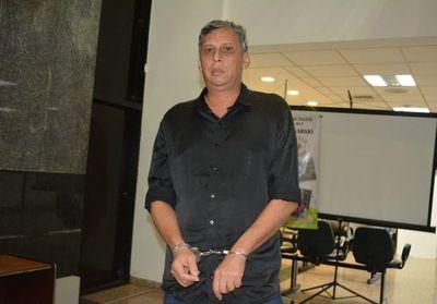 Llamativo despliegue policial para resguardar audiencia de comunicador acusado de abuso