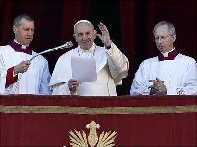 """El Papa pide """"esperanza"""" para una Latinoamérica inmersa en agitación"""