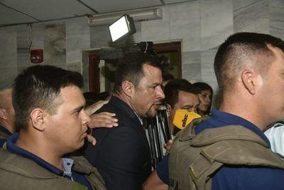 Incidentes entre adherentes de Quintana y Comisión Escrache