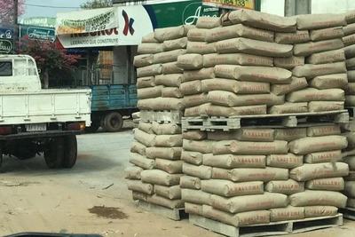 Roban materiales de construcción para obras del IPS en Paraguarí