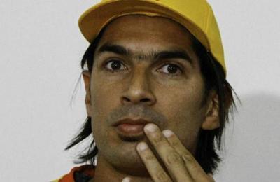 Otra locura de Abreu: será jugador y técnico al mismo tiempo