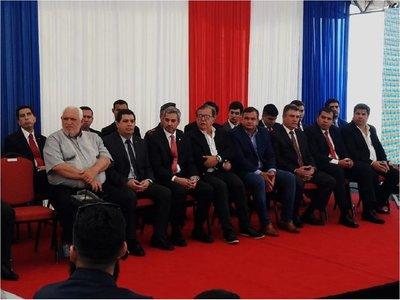 Mario Abdo anuncia que abrirán sobres para obras de defensa costera de Pilar