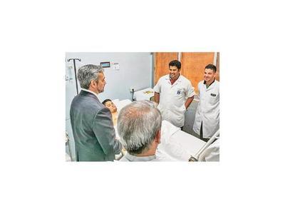 IPS: Paciente con reimplante   tiene estado clínico alentador