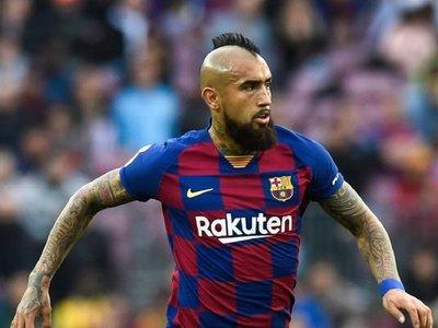 El monto que reclama Arturo Vidal al Barcelona
