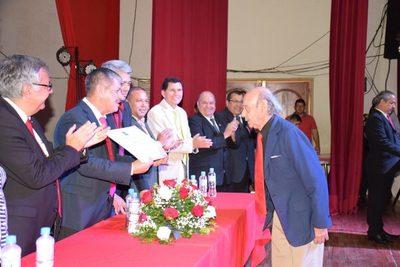 Distinguieron a Ciudadanos Ilustres en San Lorenzo