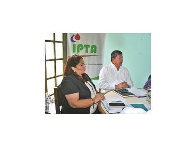 De nuevo una mujer asume como titular del IPTA en Caacupé