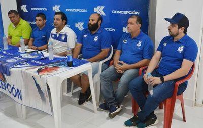 Concepción presenta al DT Villalba