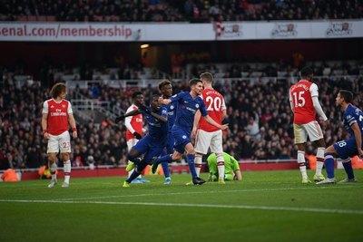 Arsenal se volvió a dormir y Chelsea lo dio vuelta