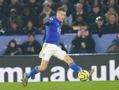 Jamie Vardy sigue al frente sin jugar