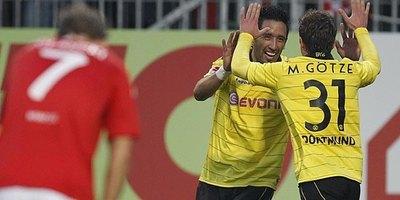 Lucas Barrios contó detalles inéditos de su paso por el Dortmund