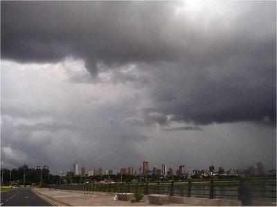 Ultimo día del año con lluvias y tormentas eléctricas