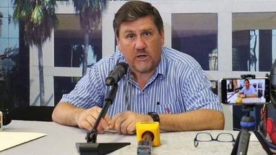 HOY / Llano critica aguinaldo extra y pide mayor tolerancia hacia colectivo LGBTI