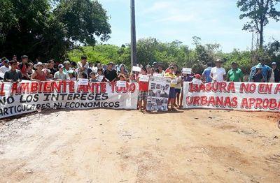 Vecinos contra  la instalación de  un  relleno sanitario