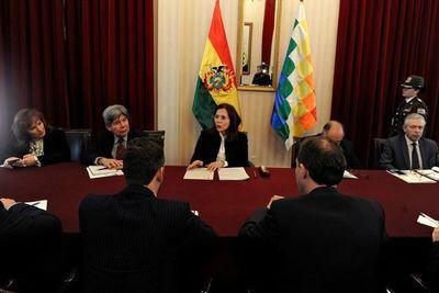 Gobierno boliviano dialoga con la UE tras incidente con España y México