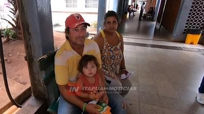 FAMILIARES PIDEN AYUDA PARA MUJER Y BEBÉ DE 7 MESES EN TERAPIA