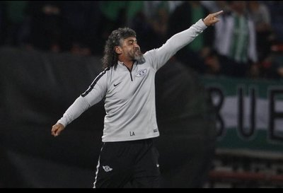 Leonel Álvarez deja Libertad después de la goleada