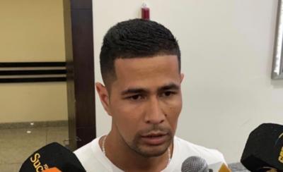 HOY / Delfín contrata a zaguero guaraní para enfrentar a Olimpia en la Copa