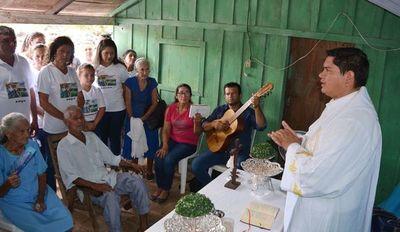 Celebran bodas de diamante en Loreto