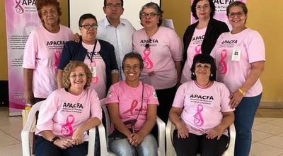 Asociación de pacientes y familiares con cáncer emplazan a salud