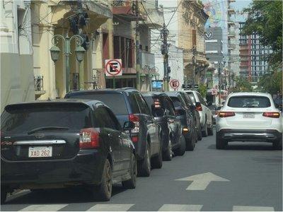Asunción deja de percibir USD 6,2 millones al año por estacionamiento