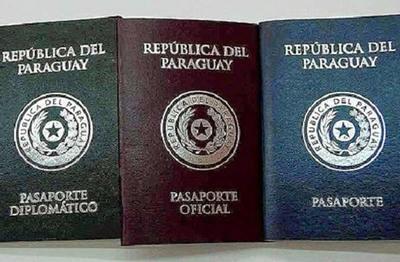 Todos los legisladores y sus familias pueden acceder al pasaporte diplomático
