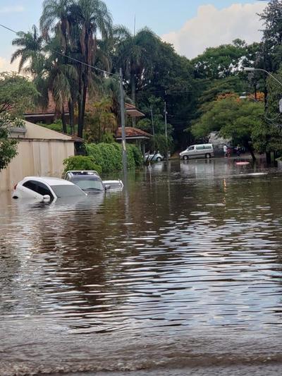 Congreso bajo agua tras lluvias y tormentas
