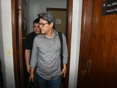 Camilo Soares niega ser operador del cartismo tras acusación de Rocío Casco