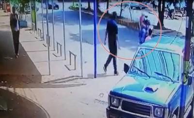 Millonario asalto a funcionario de casa de electrodomésticos