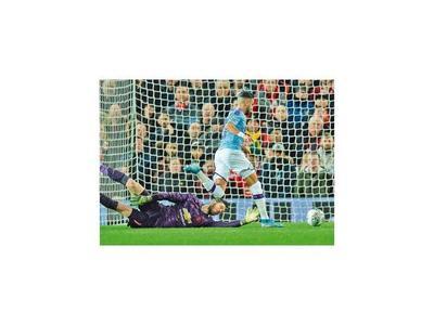 Manchester City dio cátedra en Old Trafford