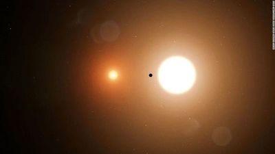 """La misión TESS detecta un sistema """"Tatooine"""" y un planeta potencialmente habitable del tamaño de la Tierra"""