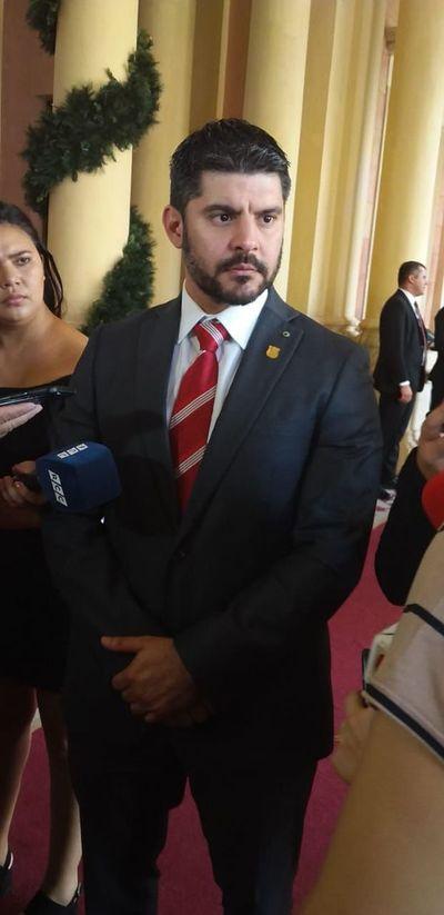 "Municipalidad de Asunción: Despidos de funcionarios ""prescindibles"" seguirán"