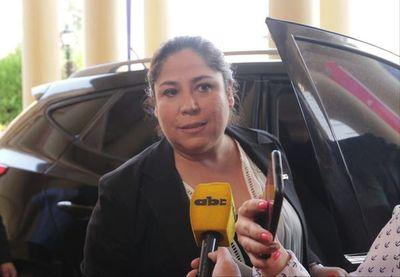 Petropar insiste en que póliza cubrirá gastos de contrato fallido, aunque proveedora niega incumplimiento