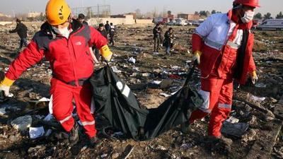 Funcionarios de EEUU creen que Irán derribó accidentalmente el avión ucraniano