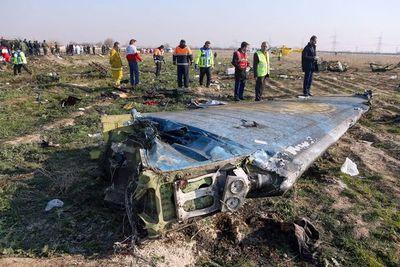 Irán investiga el accidente aéreo e intenta frenar las especulaciones