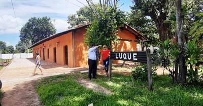 Abdo habilitará restauración de la Estación de Luque •