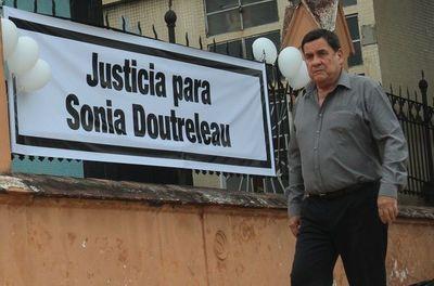 Confirman altas penas para tres asesinos de empresaria Doutreleau