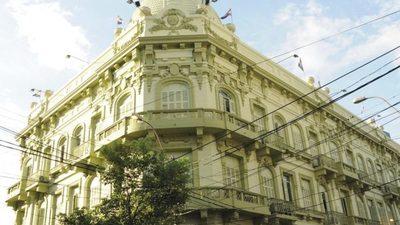 MOPC adjudicó restauración del Palacio Alegre