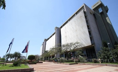 """HOY / BCP cree que Paraguay tiene que """"hacer los deberes"""" para llegar al grado de inversión"""
