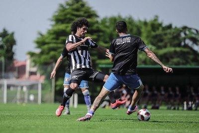 Ramón Díaz probó el equipo de Libertad ante el Sportivo Italiano