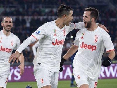 Juventus vence a la Roma y sigue en lo más alto