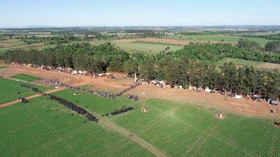 Conflicto entre menonitas y 'sintechos' por tierras en Caaguazú